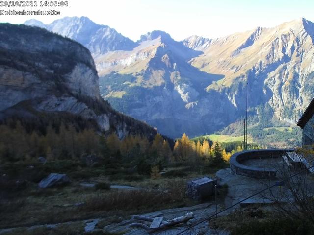 Wetter Webcam Doldenhornhütte SAC