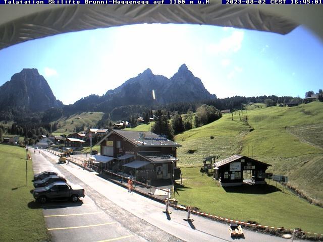 Wetter Webcam Brunni (im Alpthal)